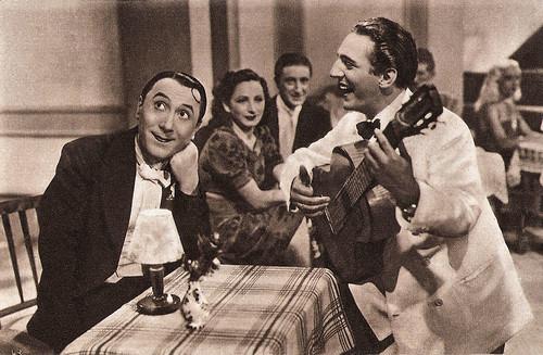 Erminio Macario and Carlo Moreno in Il Chiromante (1941)