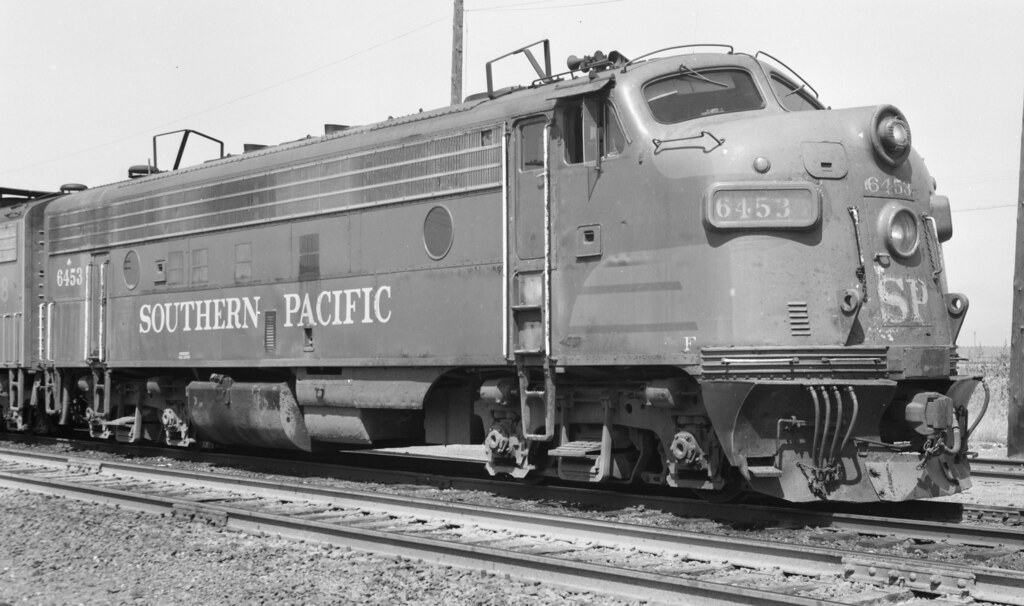 Southern Pacific EMD FP7 6453
