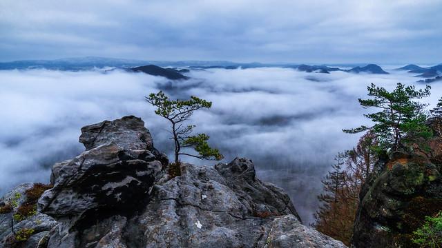 between the clouds - zwischen den Wolken
