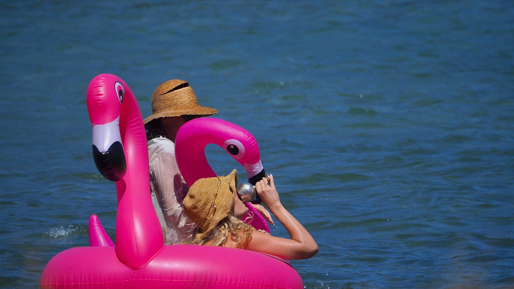 Floating bar..