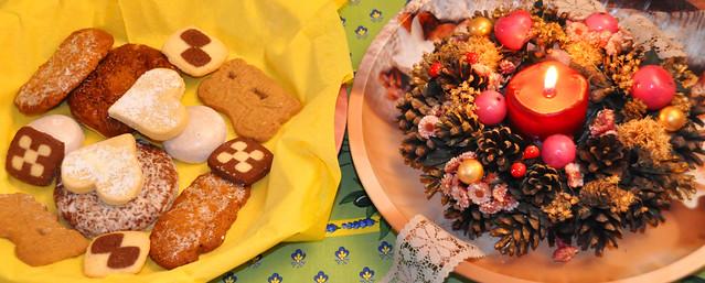 1. Advent mit Adventskranz und Weihnachtsplätzchen ... Brigitte Stolle