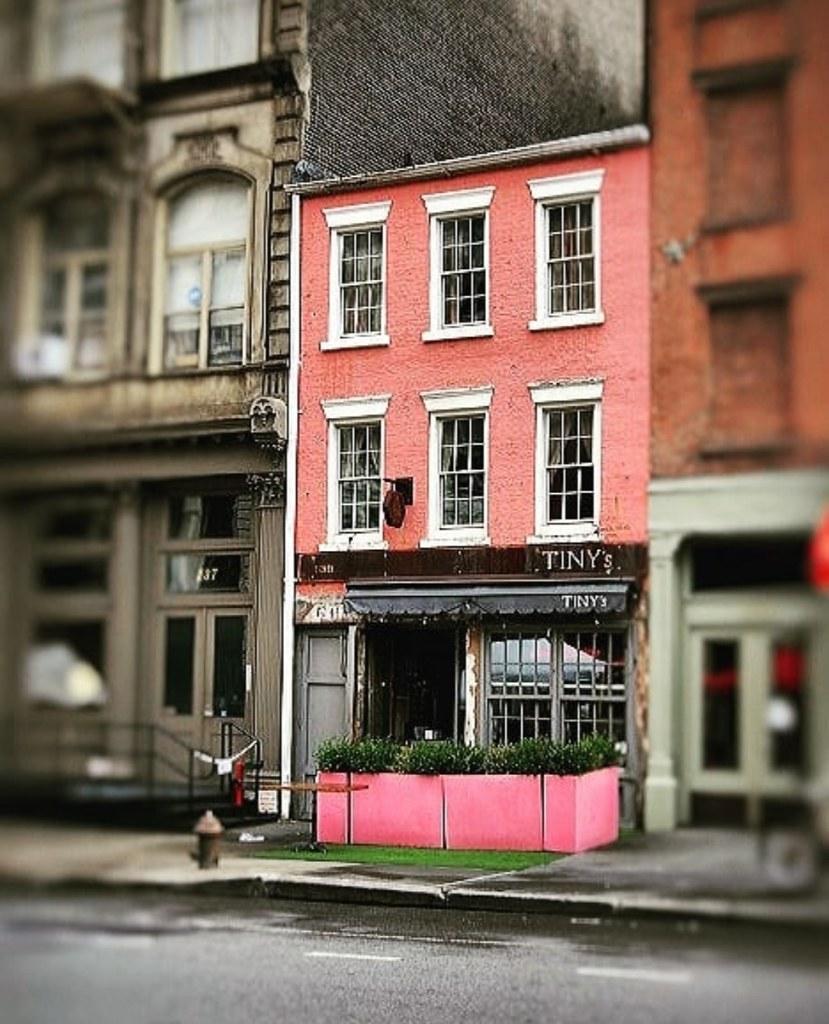 tiny & pink