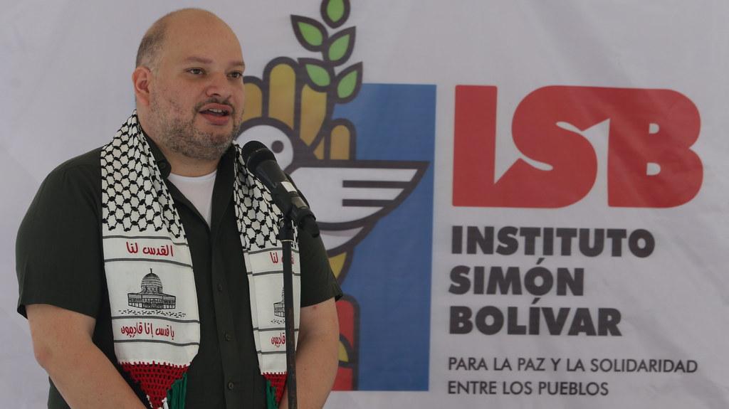 Instituto Simón Bolívar realiza actividad cultural 'Un canto de solidaridad con Palestina'