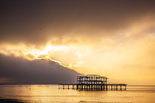 photography sonya65 sonyalpha sea beach brighton sussex thewestpier pier derelict sunrise brightonbeach clouds sky cloudscape skyscape 11600sec f63 iso100