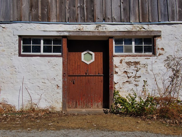 Abandoned board-and-batten horse barn - Scotsdale Farm, Ballinafad, Halton Hills, Ontario.