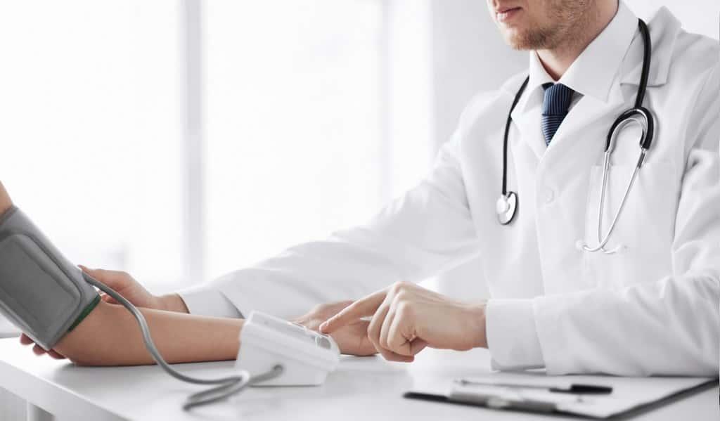 hypertension-artérielle-et-les-lésions-cérébrales-à-un-âge-avancé