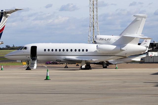 PH-LAU  -  Dassault Falcon 900EX c/n 054  -  LTN/EGGW 25/9/20