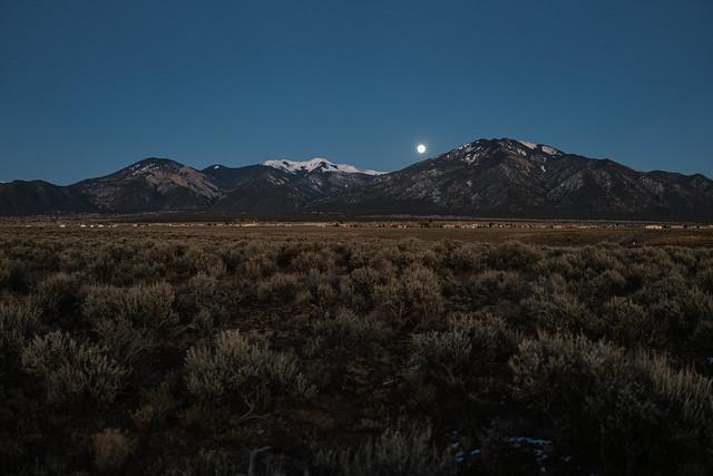 Moonrise Nov 29, 2020