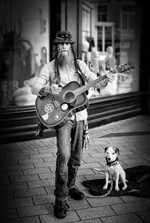 Belfast busker & his dog