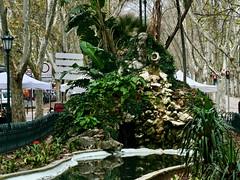 Avenida da Liberdade Fountain and Pond