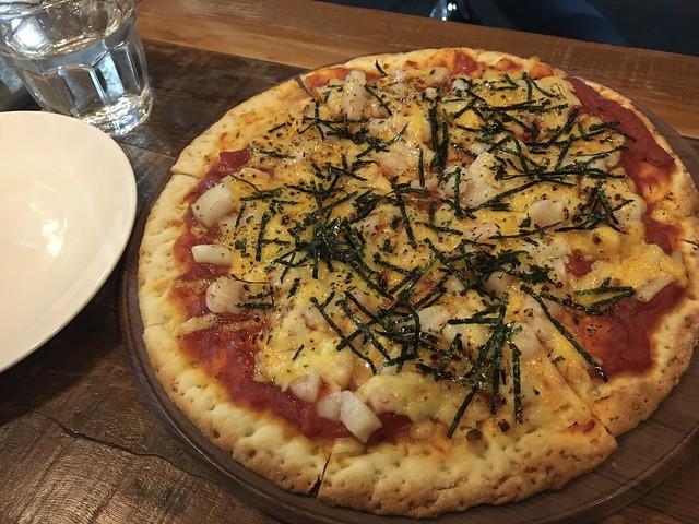 綜合海鮮披薩 (NTD$250)@新北中和/嗑滿