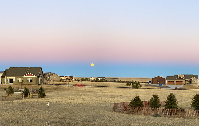 Full Moon on Earth's Shadow