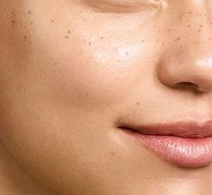 Get access to all of the cystic acne skin care routine you need to know about.