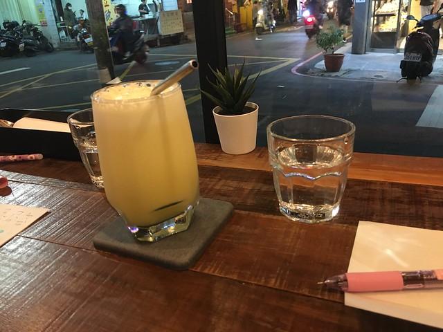 鳳梨柳橙汁(NTD$130)@新北中和/嗑滿