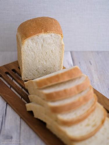 ホシノルヴァンの全粒粉食パン 20201119-DSCT2597 (3)