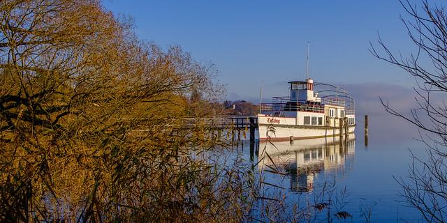 Autumn colors lake starnberg