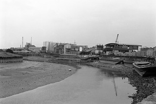 Bow Creek, Leamouth Rd, Leamouth, Tower Hamlets, Newham, 1982 32f-41p_2400