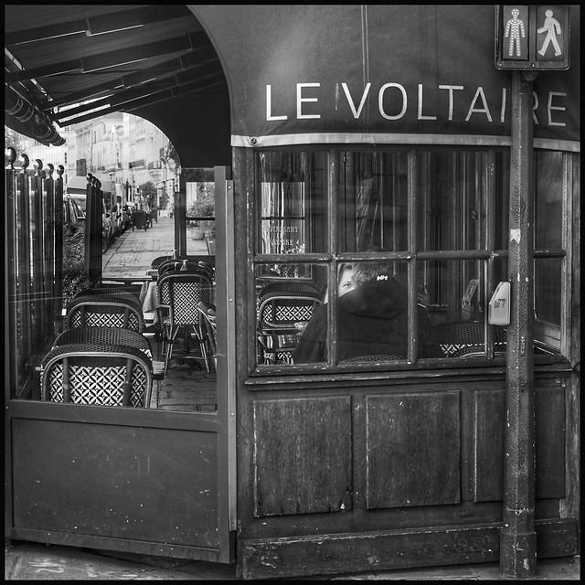 Quai Voltaire * Paris