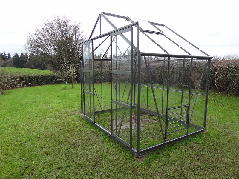 Greenhouse construction, part 7