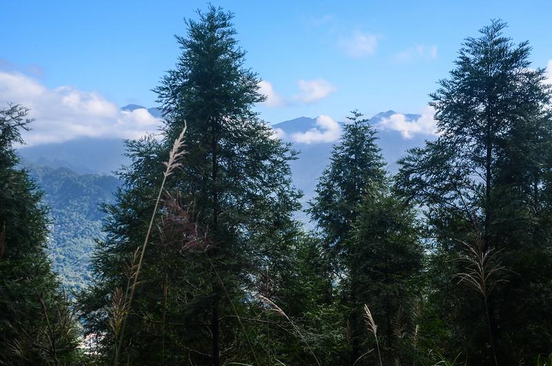 象神稜線東望五峰天際線 2
