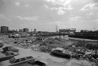 Canning Town, Flood Barrier, Bow Creek, East India Dock Rd, Newham, 1982 36v-26_2400
