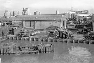 Timber Yard, Bow Creek, Tower Hamlets, 1989 89-4c65_2400