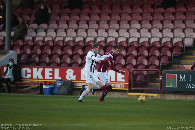 Arbroath 1 - 3 Dunfermline Athletic -