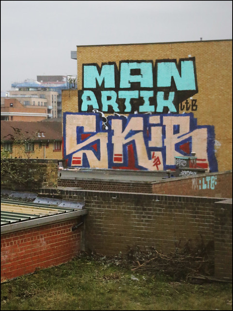 Man / Artik / Skib