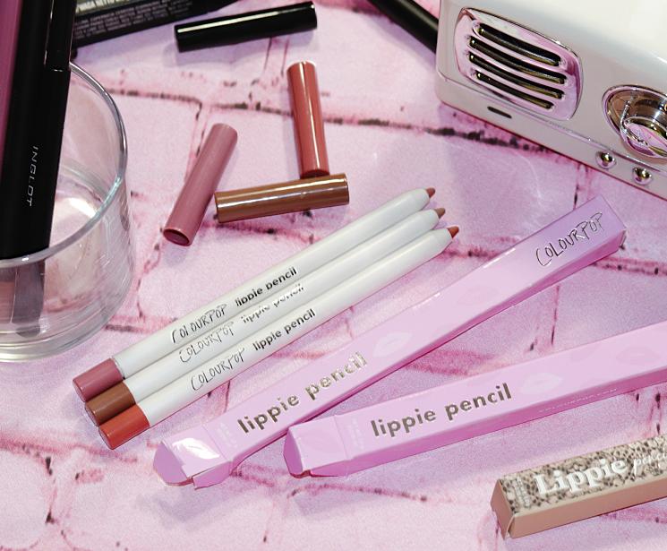 lip liner lovin (1)