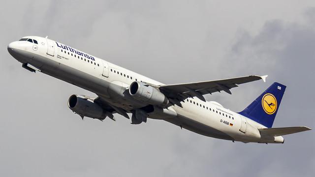 Lufthansa Airbus A321 D-AISB