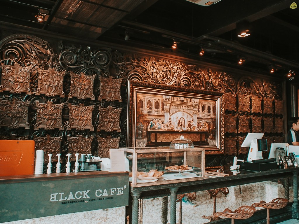 ฺBLACK CAFE - คาเฟ่รัษฏา เมืองภูเก็ต