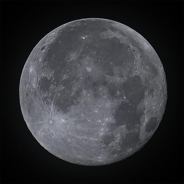 Moon 2020-12-01