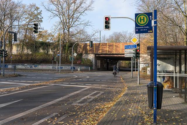 Neben der A40 (Rosendeller Str.)