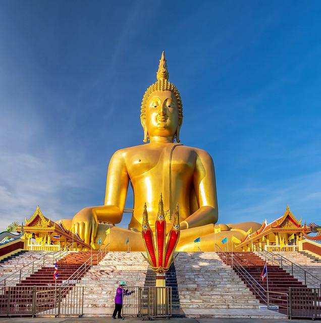 92m high statue of a sitting Buddha
