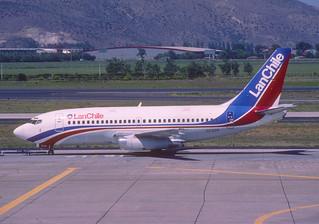 LAN Chile Boeing 737-200; CC-CYP@SCL, October 1998/ BTS