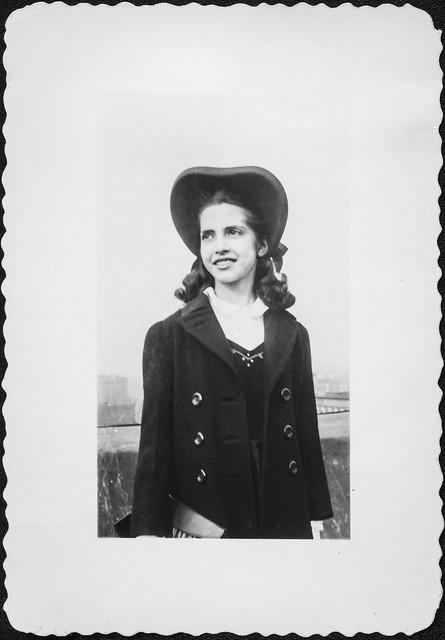 Clara's new bonnet, circa 1939-40