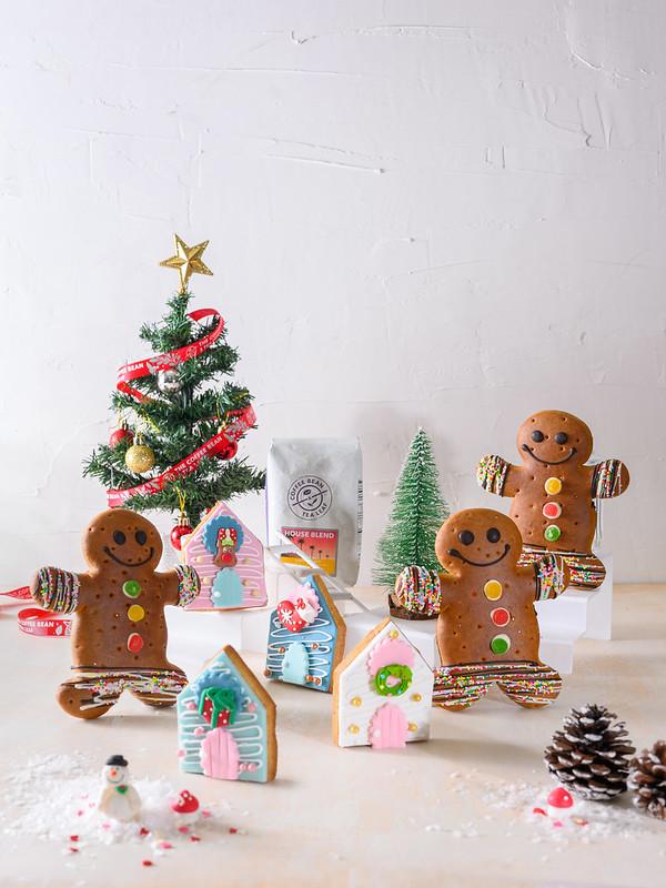 Jolly Breadman & Once Upon A Door [cookies]