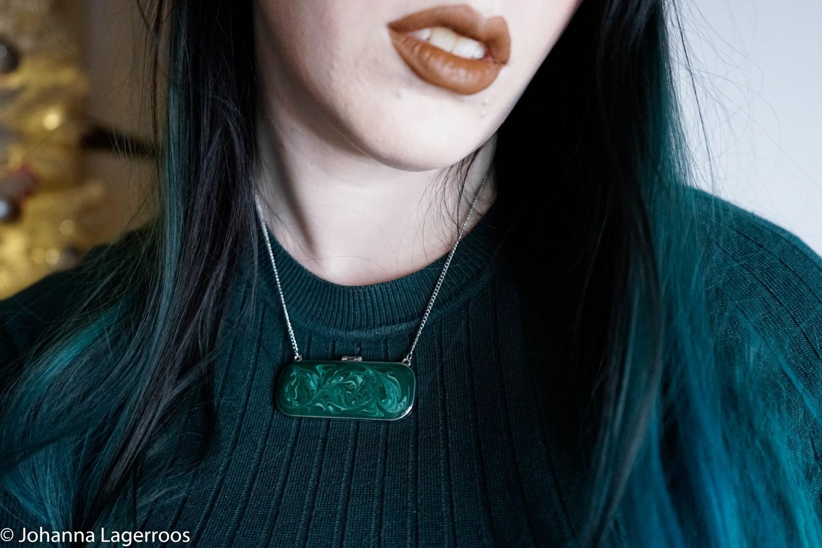 MintMongoose necklace