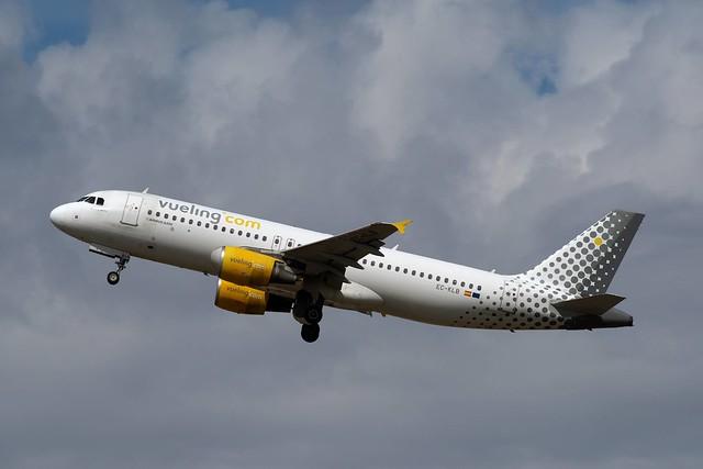 A320 EC-KLB Vueling