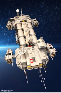 Space Freighter rigged to carry gas