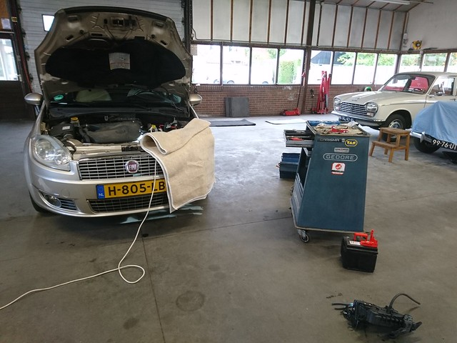 Tinkering on a Fiat Linea
