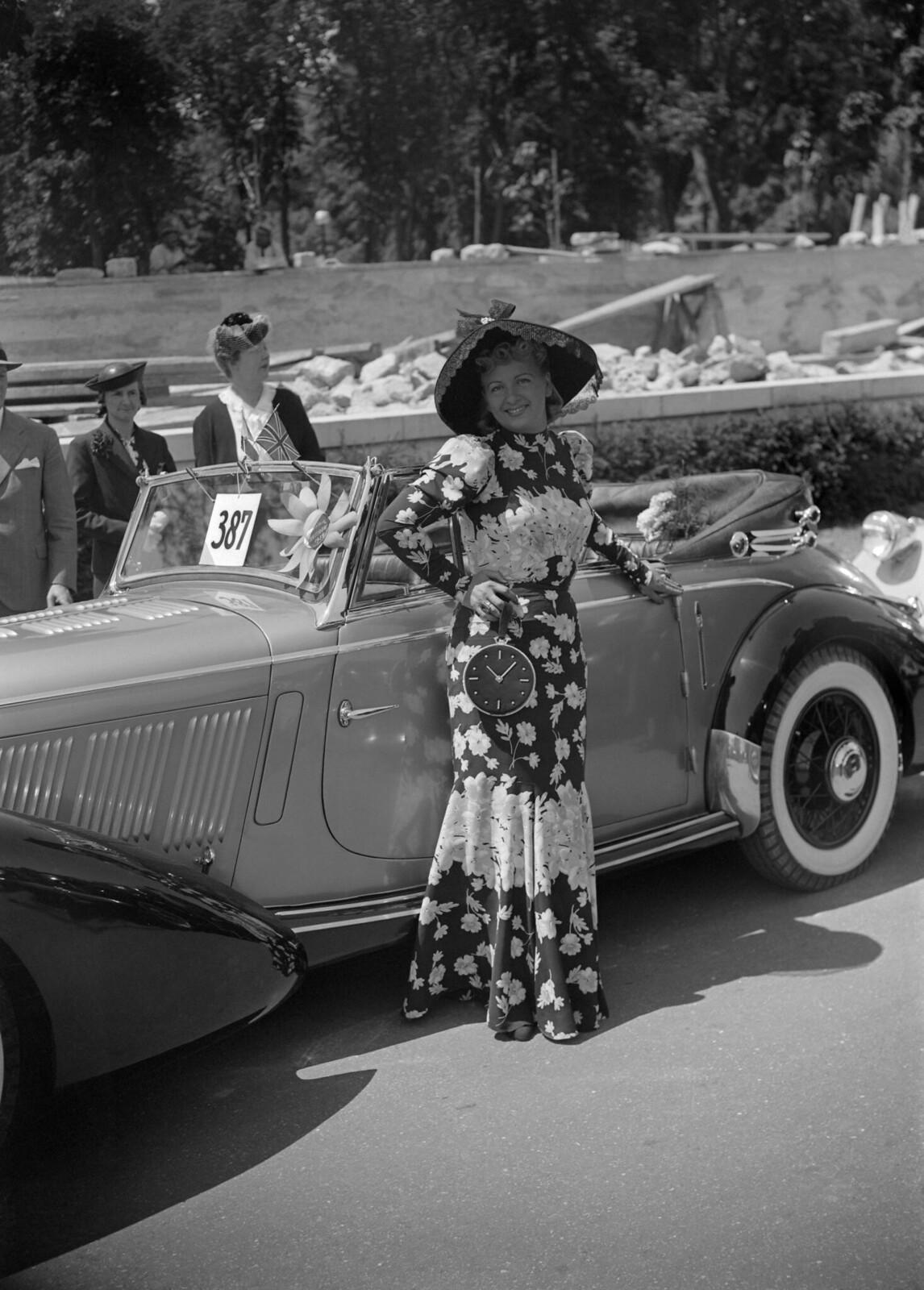 14. 1939. Конкурс на звание Мисс мотоэлегантность