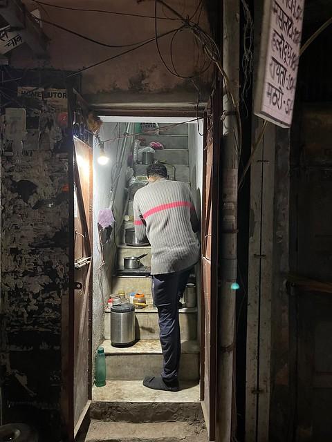 City Hangout - Arpit Kakar's Staircase Tea, Daryaganj