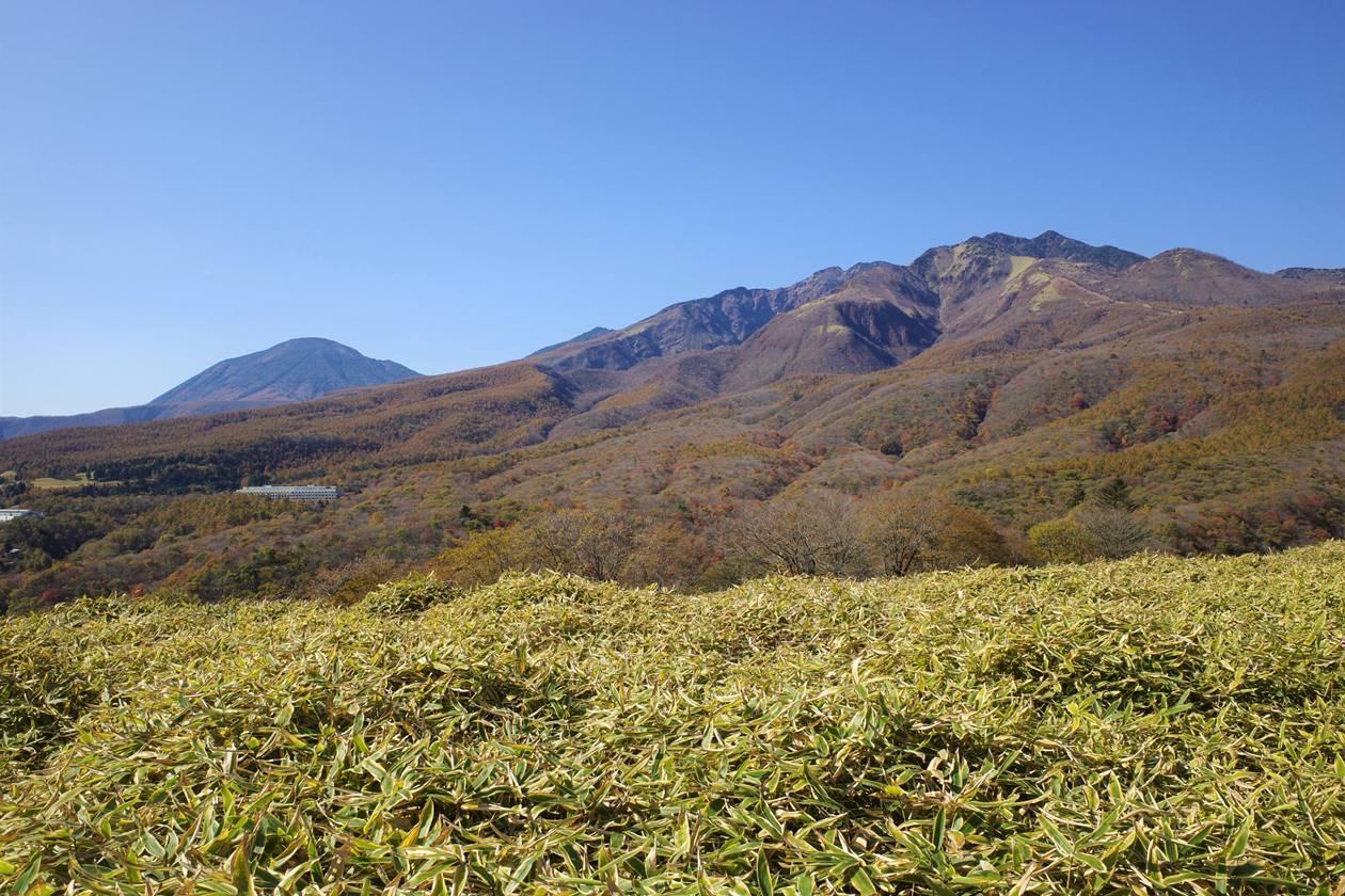 猫ノ平から眺める男体山と女峰山