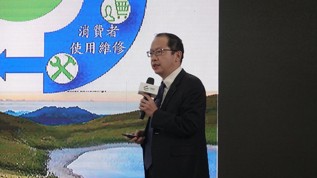 友達光電公司技術長廖唯倫。
