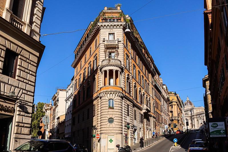 More interesting Rome streets in the Centro Storico (the historic centre)