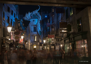 A Busy Night in Diagon Alley | by dd-indy