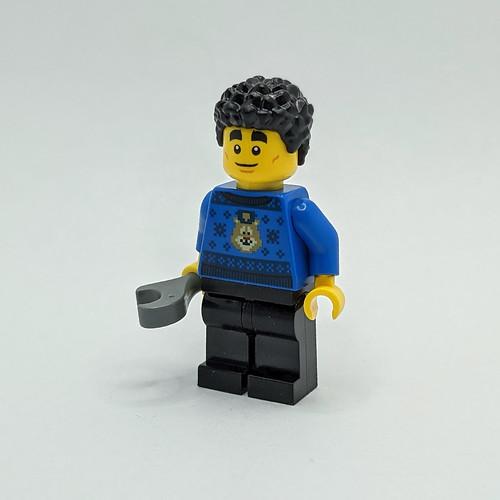 LEGO City Advent 2020 day 2 no glasses