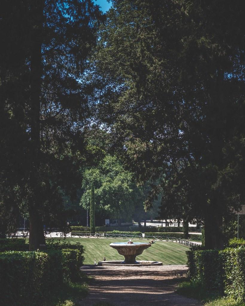 Villa Borghese Gardens - Fountain