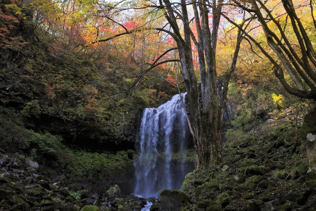 日光・マックラ滝と紅葉